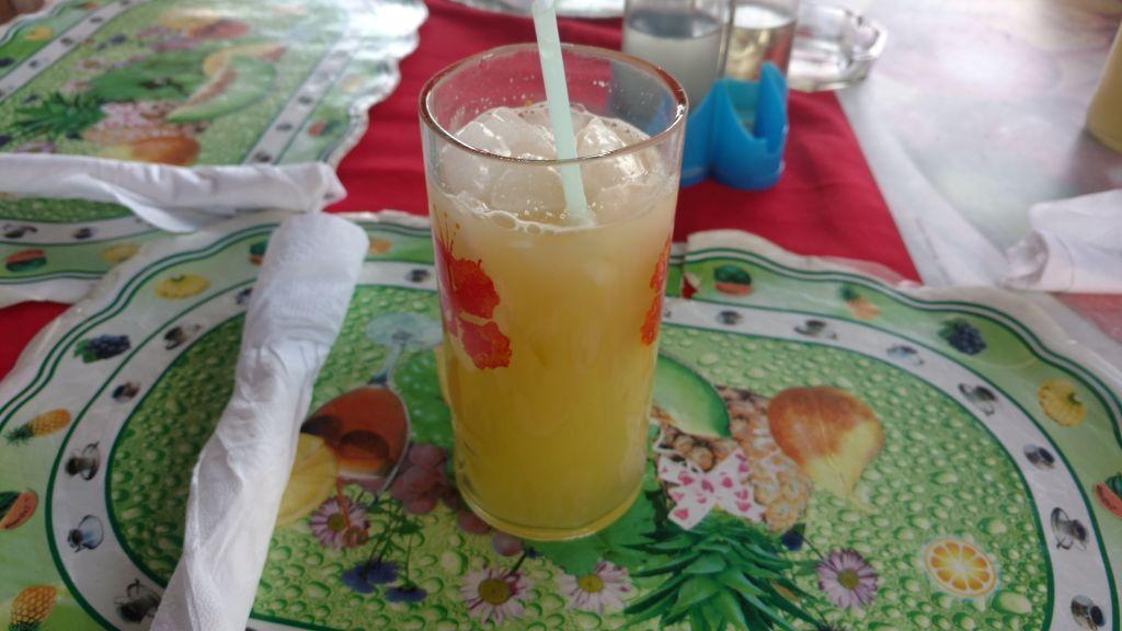 Guarapo - czyli sok z trzciny cukrowej. Najlepszy serwowany jest w okolicach Trinidadu. Napój jest naprawdę bardzo słodki. Istnieje też odmiana z rumem.