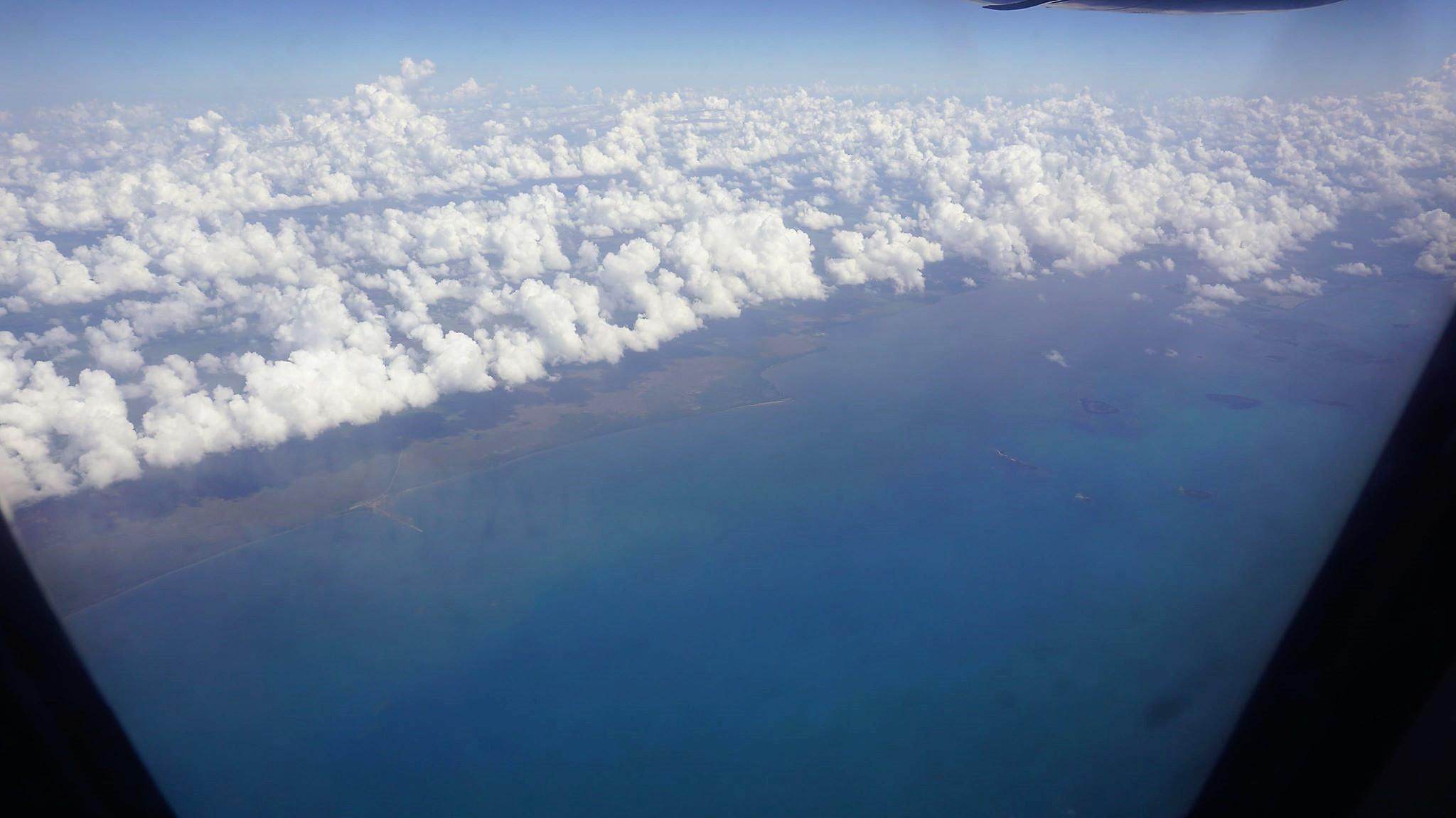 Kuba z lotu ptaka - wybrzeże południowe