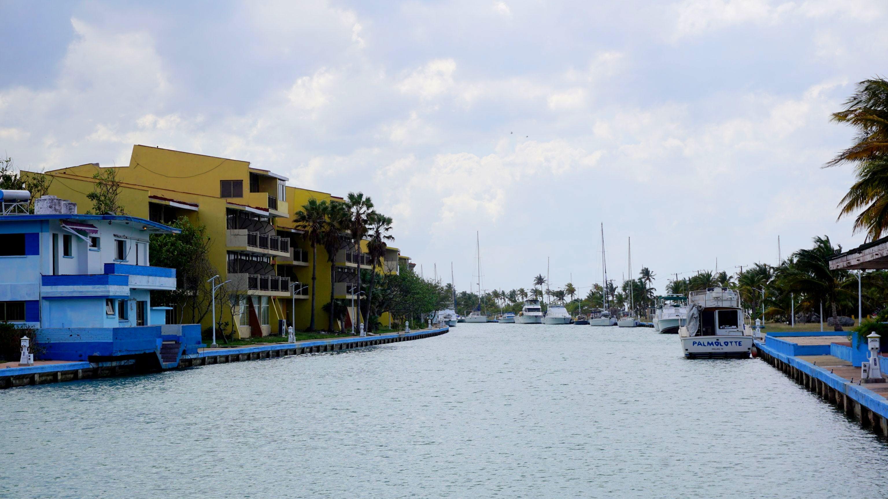Marina w Playa Jimanitas (1)