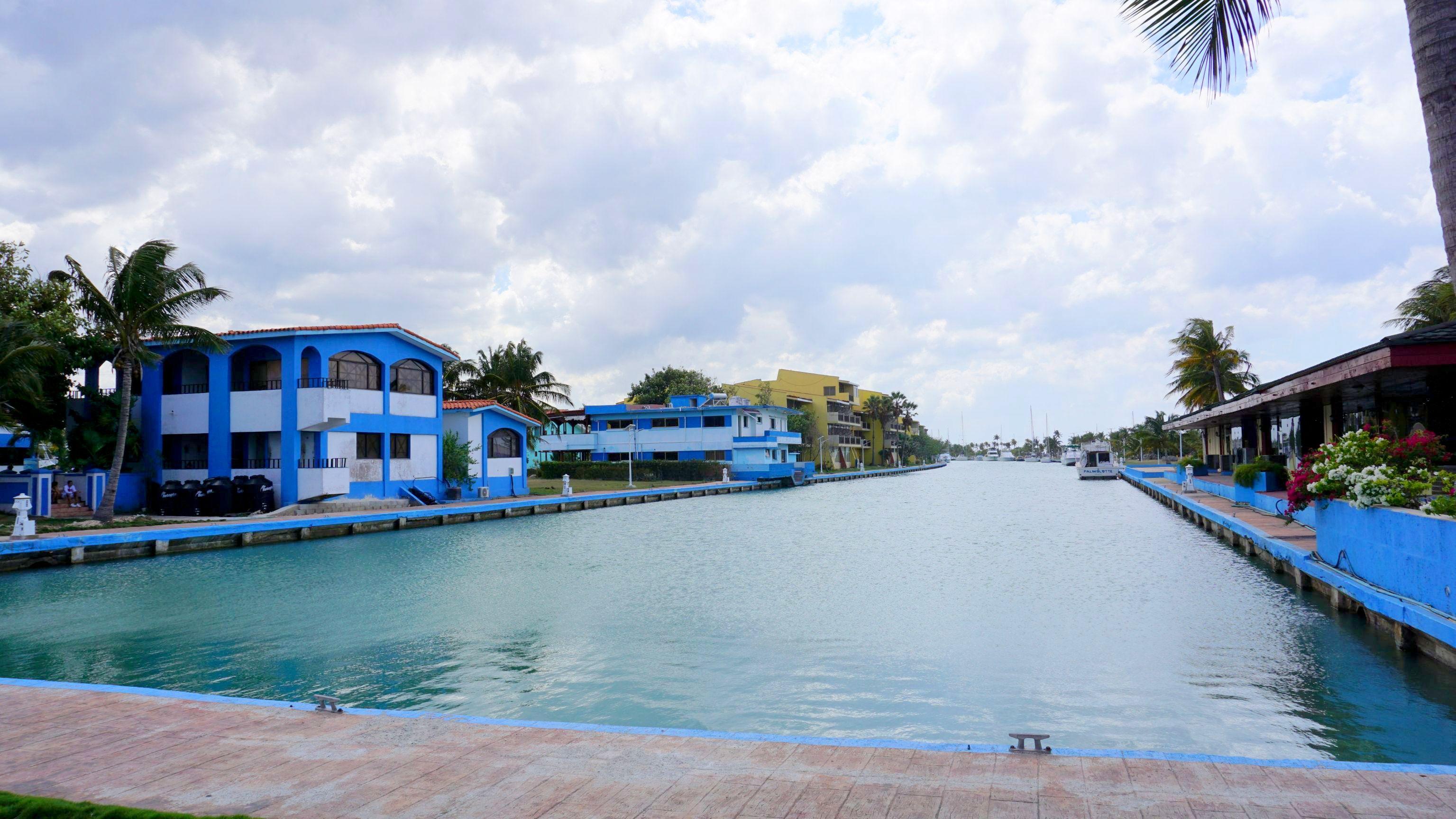 Marina w Playa Jimanitas (5)