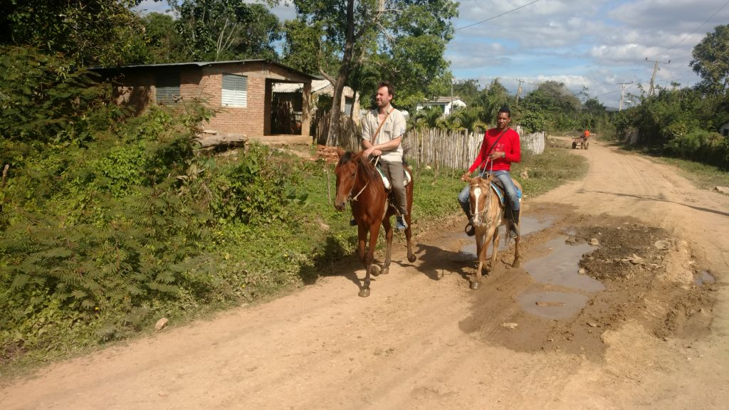 Wycieczki konno w Trinidadzie na Kubie