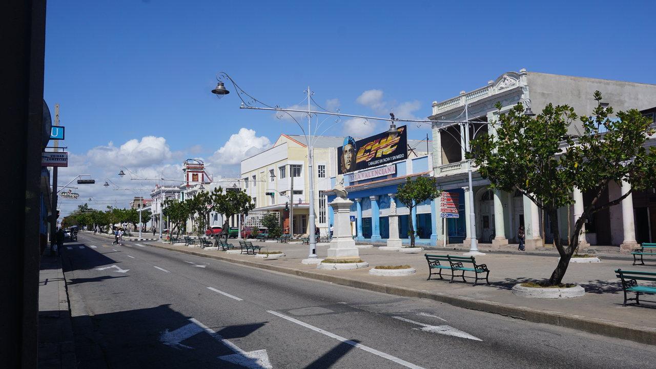 Co robić w Cienfuegos? Paseo del Prado